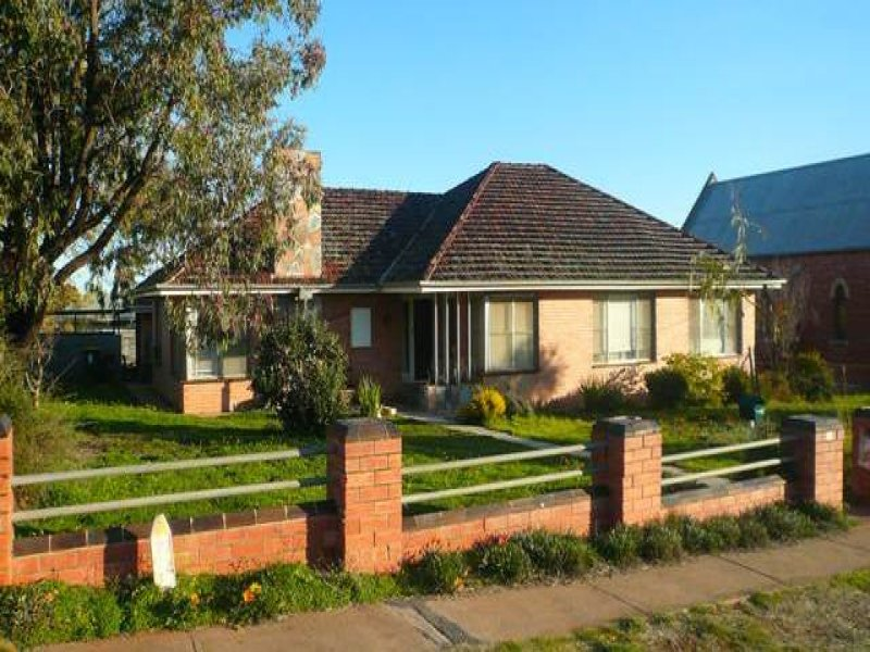18 Mount Street, Wycheproof, Vic 3527