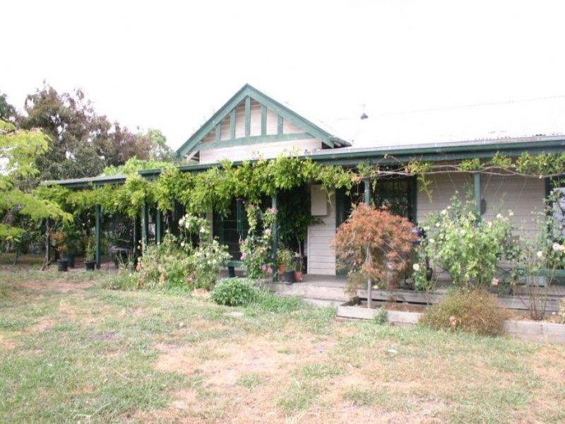 100 Morrisons Road, Hazelwood, Vic 3840