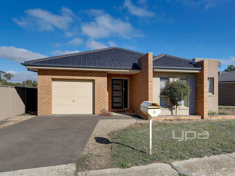 6 Wattlebird Way, Kilmore