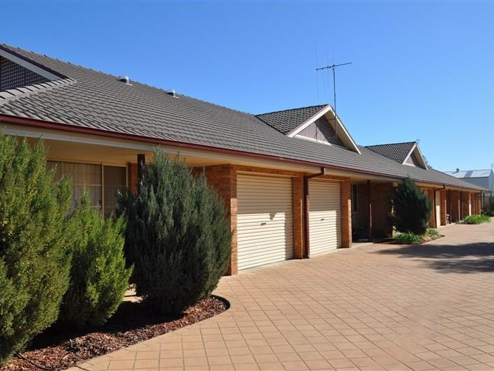 15 Queen Street, Forbes, NSW 2871