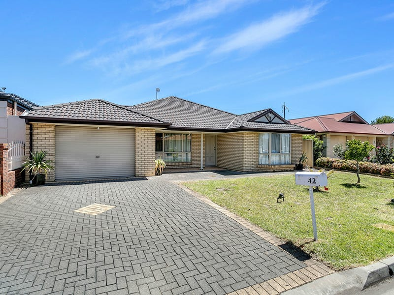 42 Lakeside Circuit, Northgate, SA 5085