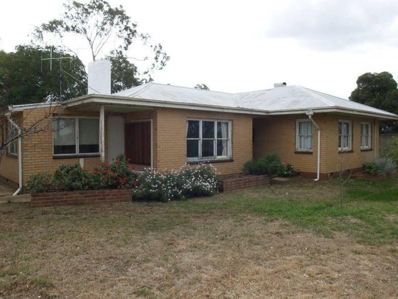 803 Centre Road, Waaia, Vic 3637