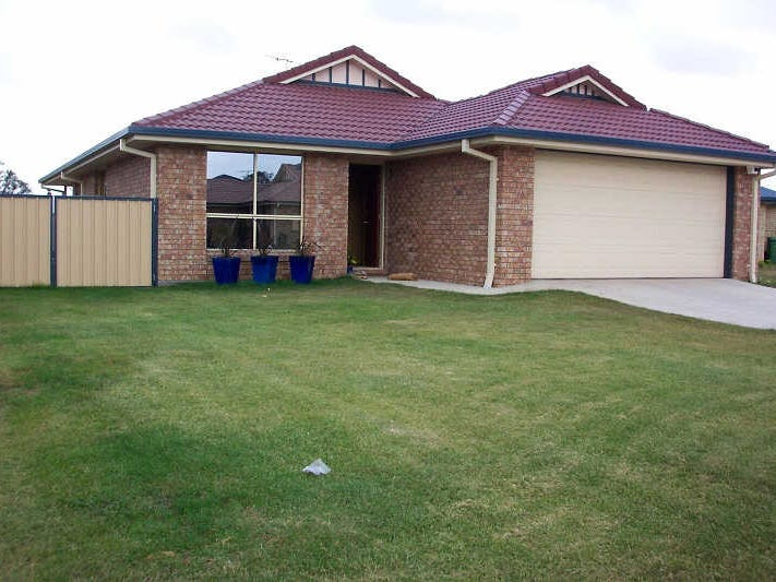17  Lake Cooloola Court, Logan Reserve, Qld 4133