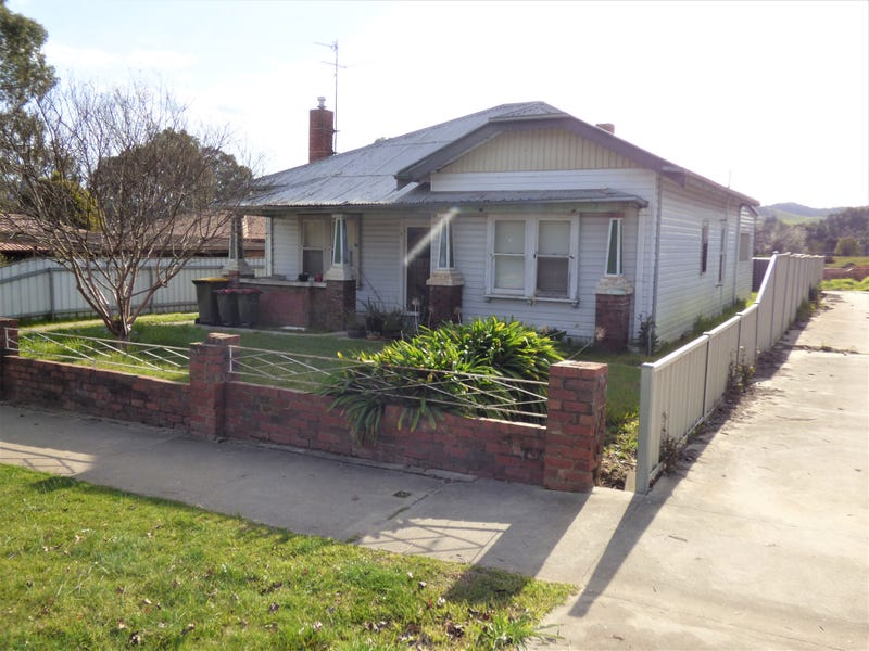 4 Prince Street, Myrtleford, Vic 3737