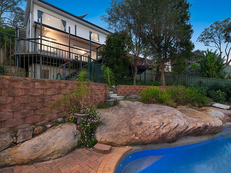 42 Marine Crescent, Hornsby Heights, NSW 2077