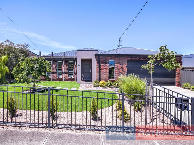 704 Sherrard Street, Black Hill, Vic 3350