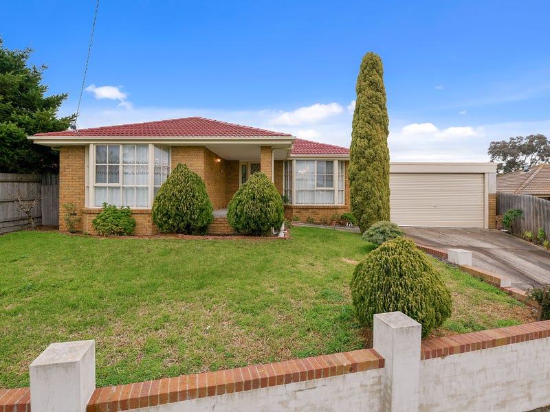 16 Barilla Court, Cranbourne, Vic 3977