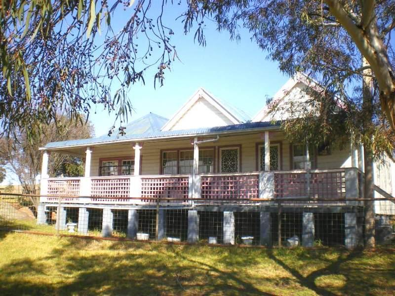 17 - 19 ALBERT STREET, Reids Flat, NSW 2586