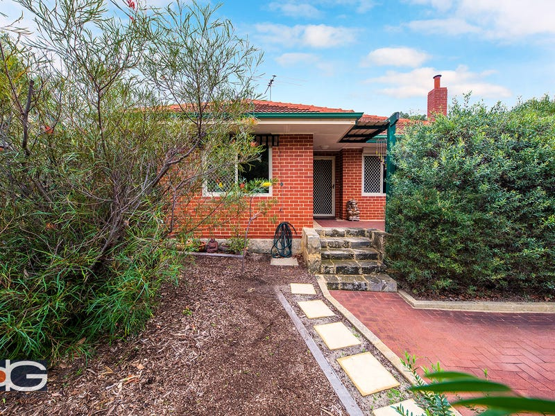74 Bromley Road, Hilton