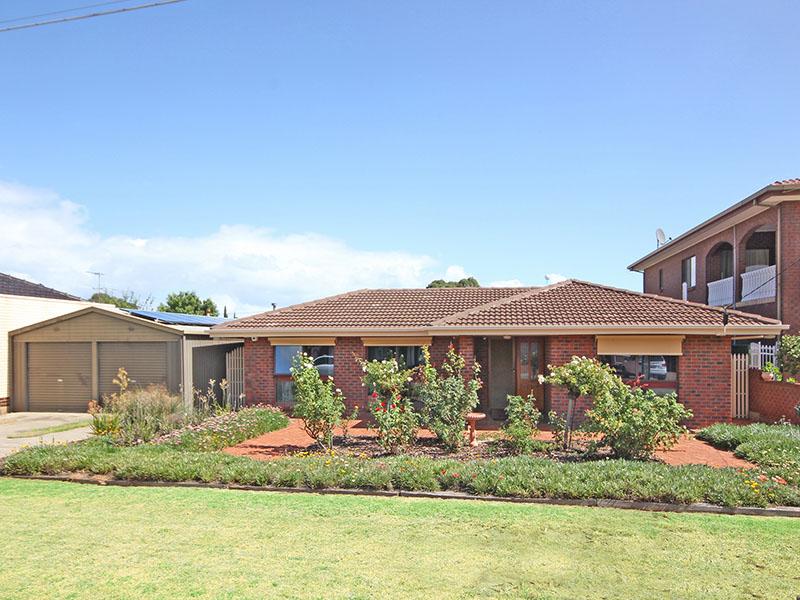 10 Roder Avenue, Kidman Park, SA 5025