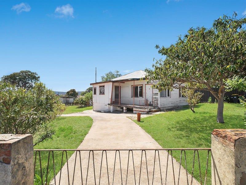 13 Fairmount Crescent, Queanbeyan, NSW 2620