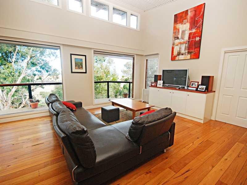 211 Brucedale Drive, Wagga Wagga, NSW 2650