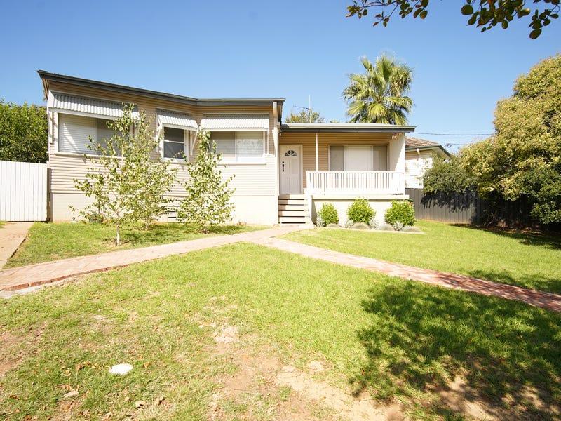 87 Mitchelmore Street, Turvey Park, NSW 2650