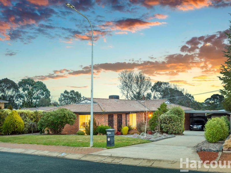 4 Fowler Place, Chisholm, ACT 2905