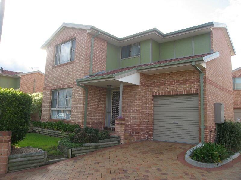 1/44 Whittle Avenue, Milperra, NSW 2214
