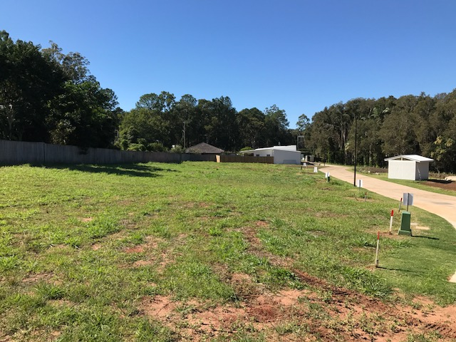 Lot 5 23  Railway Pde, Glass House Mountains, Qld 4518