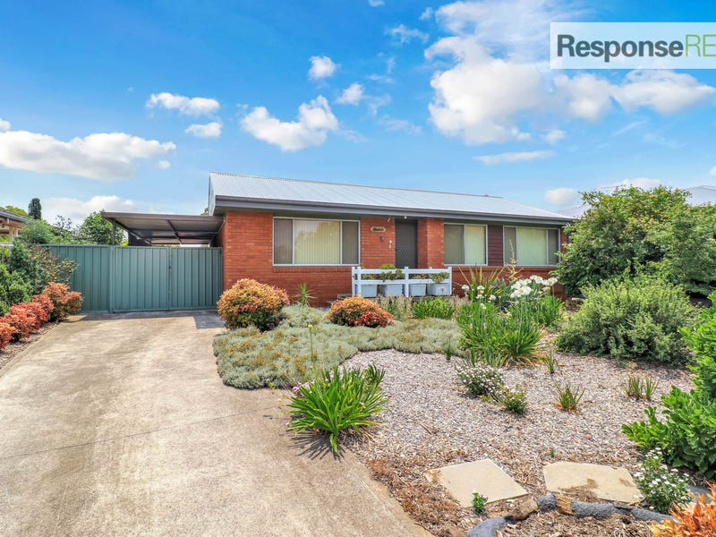9 Damien Avenue, South Penrith, NSW 2750