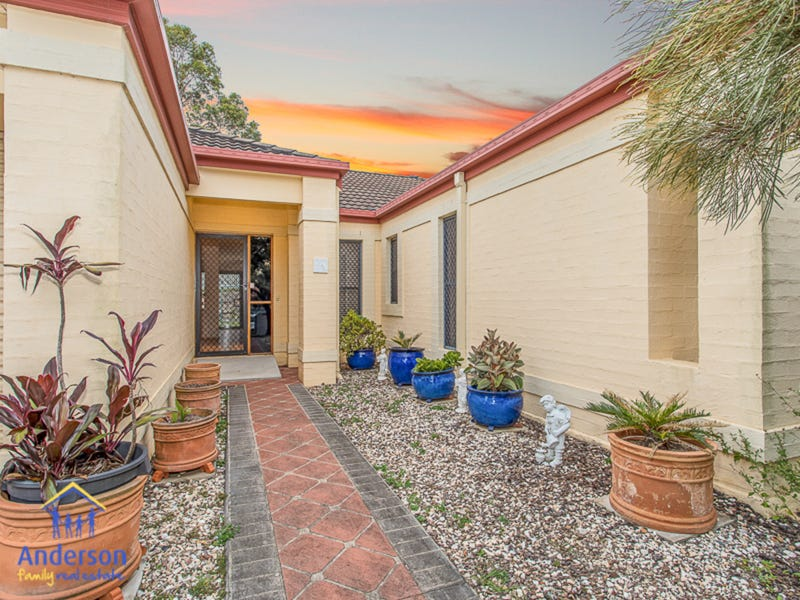6 Cunningham Court, North Lakes, Qld 4509