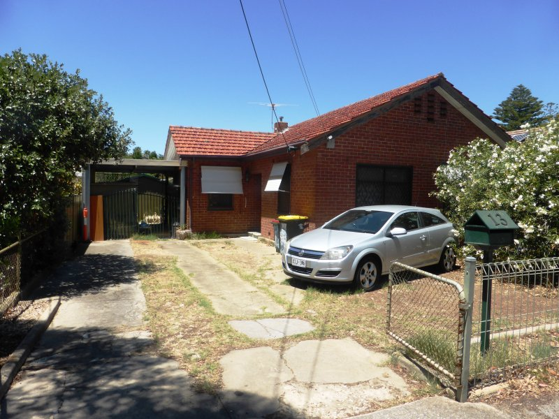 13 Farnham Street, Keswick, SA 5035