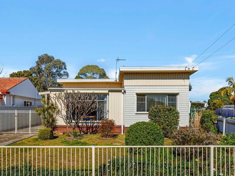 17 Kingston Street, Oak Flats, NSW 2529