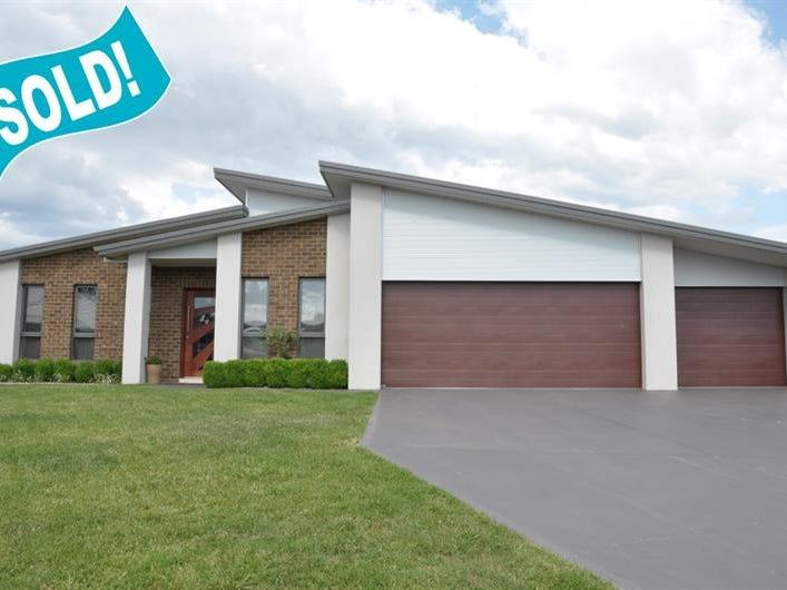 2 Bunya Cl, Orange, NSW 2800