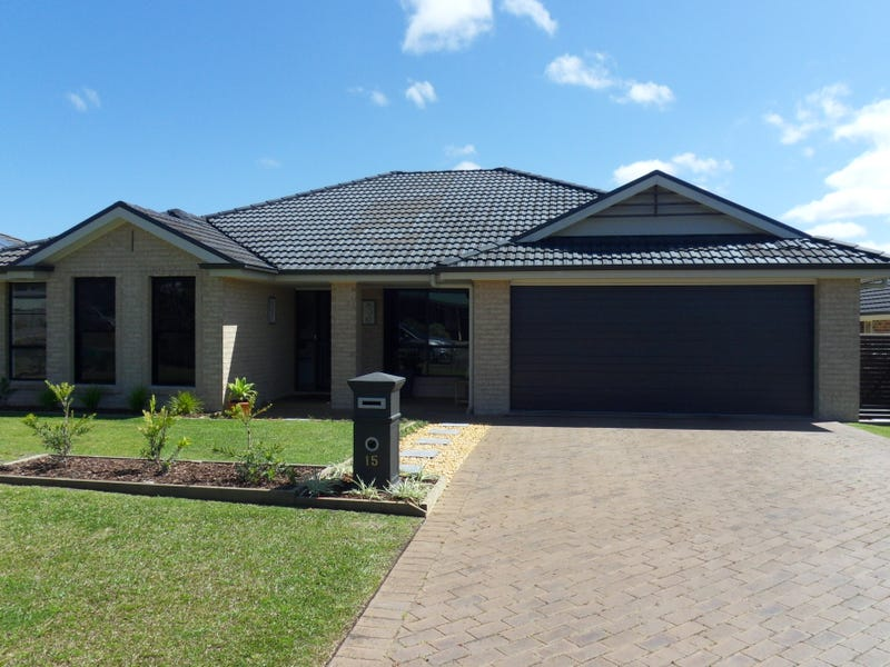 15 MURRE STREET, Sussex Inlet, NSW 2540