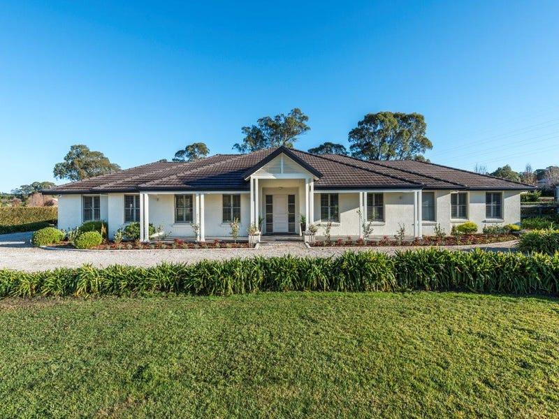 12 Woodside Drive, Moss Vale, NSW 2577