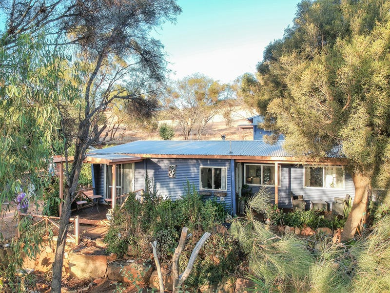 123 Julimar Road, Toodyay, WA 6566