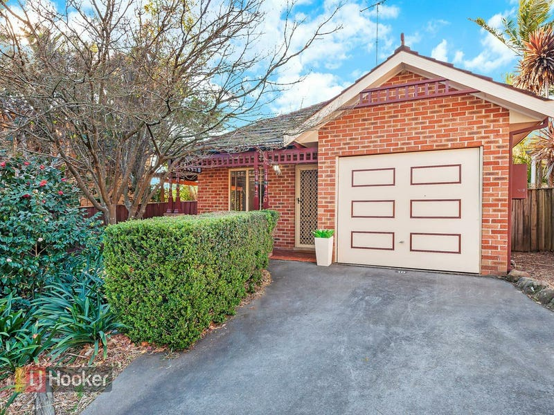 10/12 Martin Place, Dural, NSW 2158