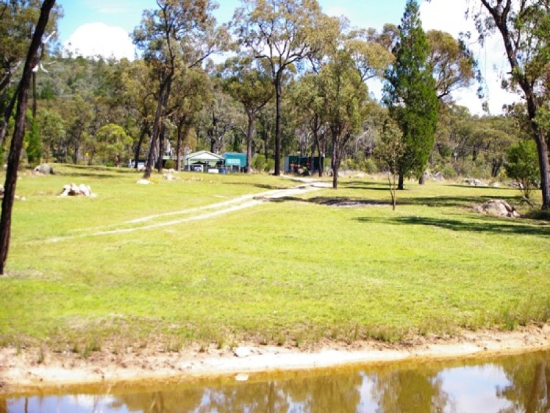 585 Stone Hut Road, Retreat, Uralla, NSW 2358