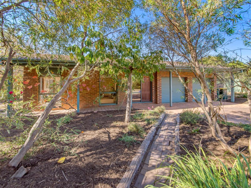 13 Capella Crescent, Giralang, ACT 2617