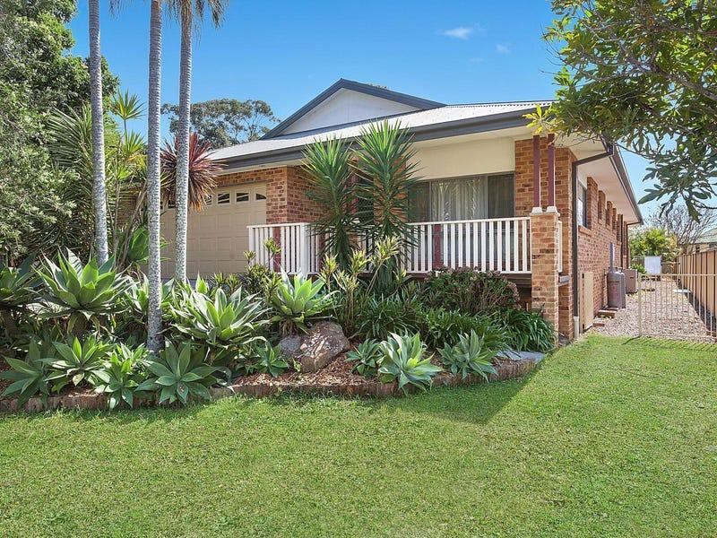 16 Boongala Avenue, Empire Bay, NSW 2257