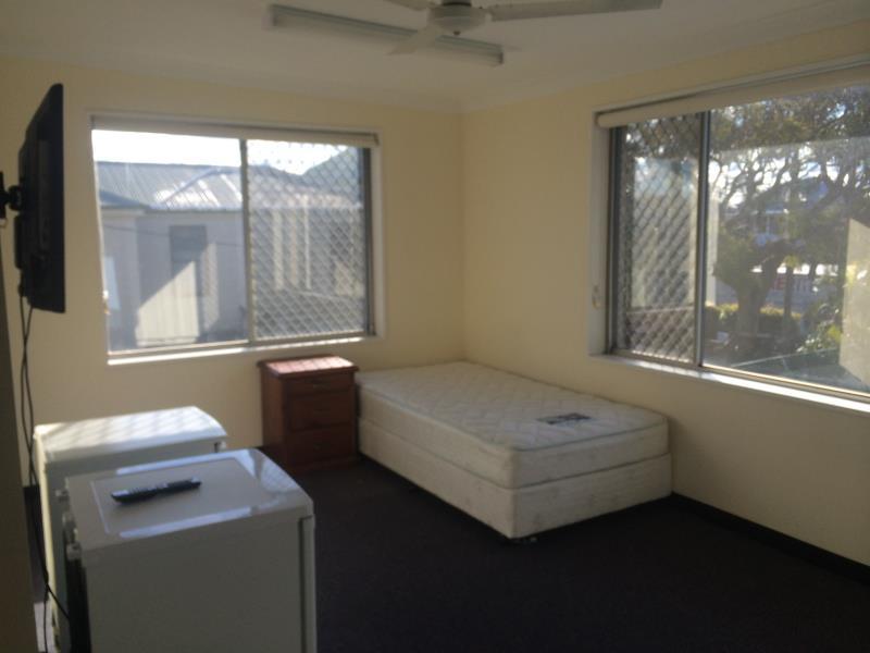 Room 1/ 22-24 Samdon Street, Hamilton