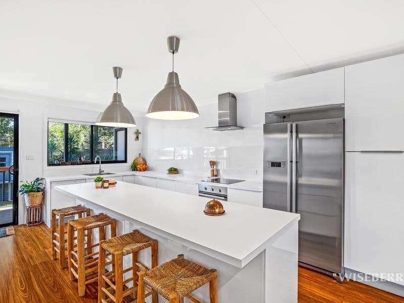 10 Lauren Avenue, Lake Munmorah, NSW 2259