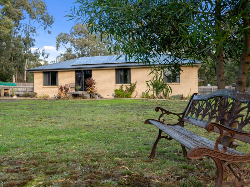 14 Flakemores Road, Eggs And Bacon Bay, Tas 7112