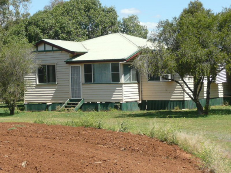 Kelvinhaugh Road, Oakey, Qld 4401