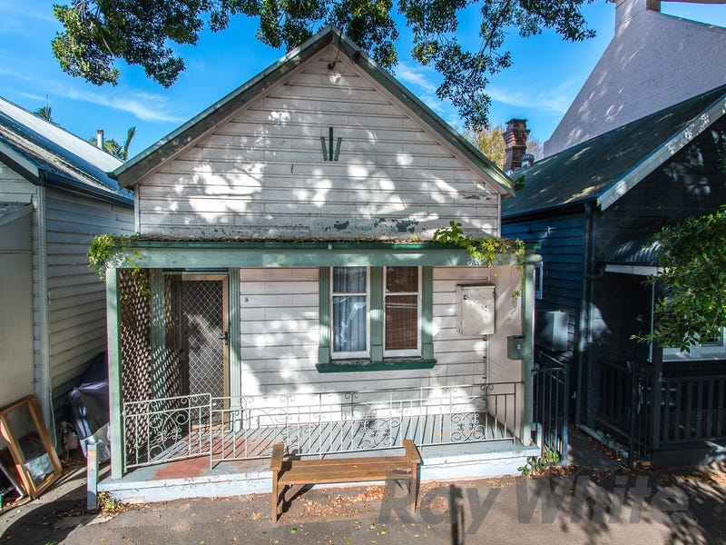 5 Bruce Street, Cooks Hill, NSW 2300