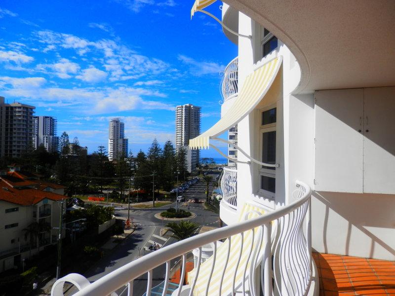 2603/24 Queensland Avenue, Broadbeach, Qld 4218