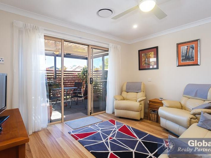 40/57 Burton Road, Eleebana, NSW 2282