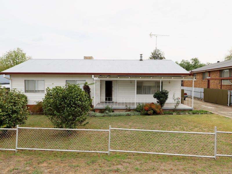 9 Tumut Street, Tumut, NSW 2720