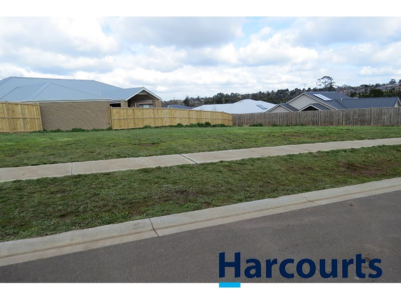 14 Hawkesburn Court, Warragul, Vic 3820