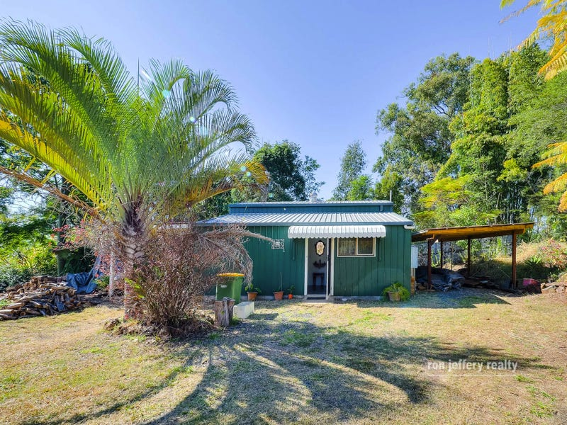 14 George Street, Brooloo, Qld 4570