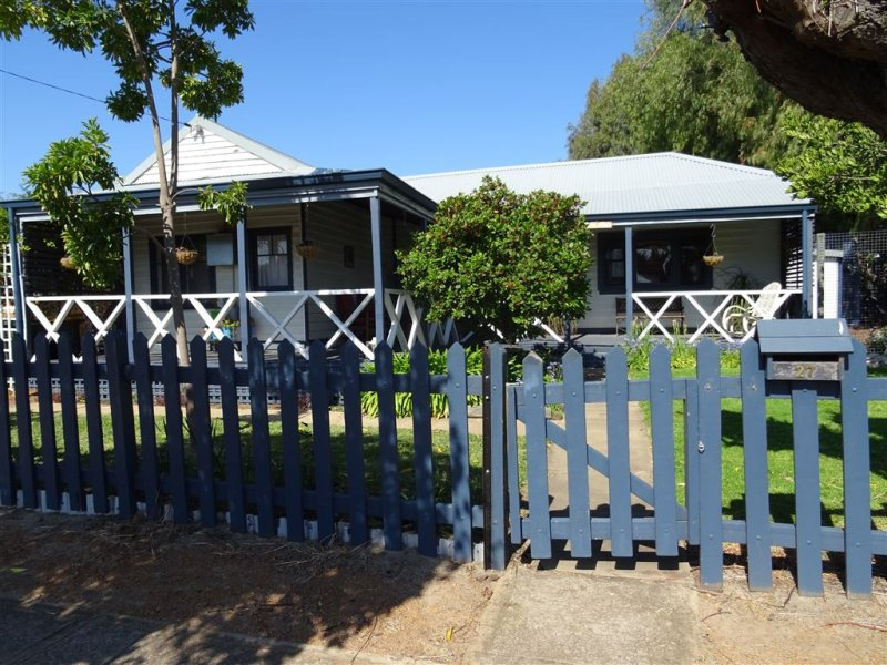 27 Johnstone Street, Boddington, WA 6390