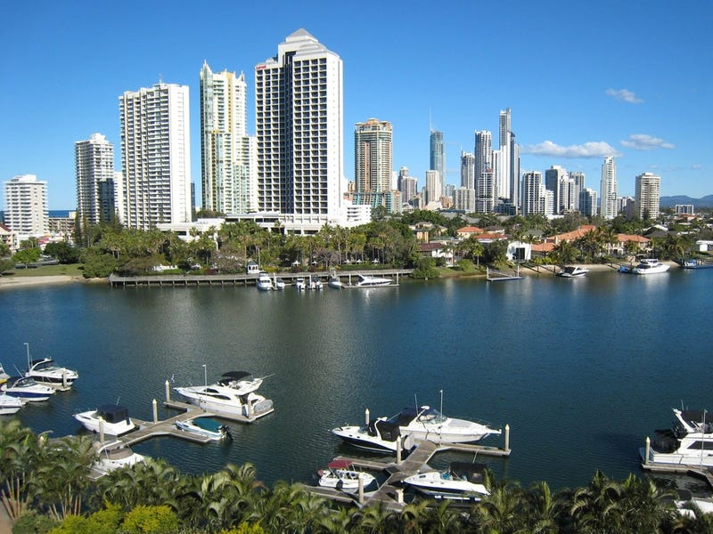 20/2 'Atlantis West' Admiralty Drive, Paradise Waters, Qld 4217
