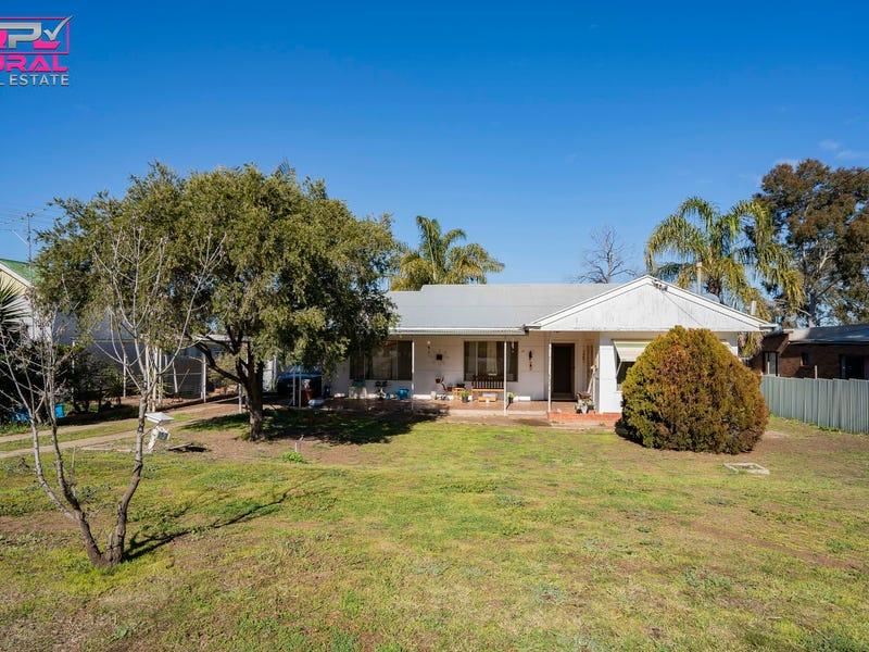 12 Frank Street, Narrandera, NSW 2700