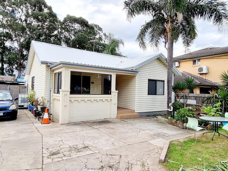 126 HAMILTON RD, Fairfield, NSW 2165