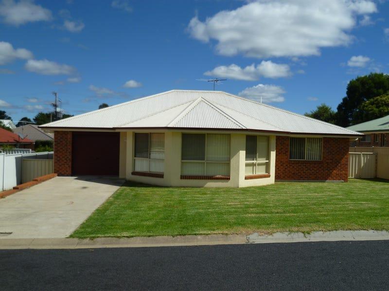 4 Deodara Drive, Inverell, NSW 2360