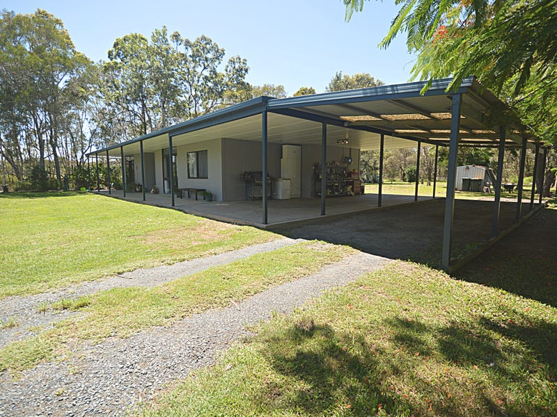 19 Shore Road West, Booral, Qld 4655