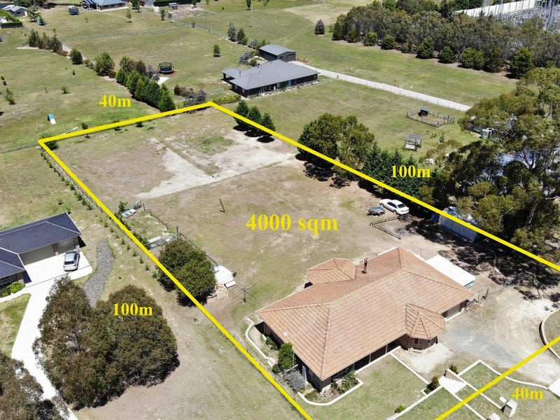 55 Farnborough drive, Moss Vale, NSW 2577