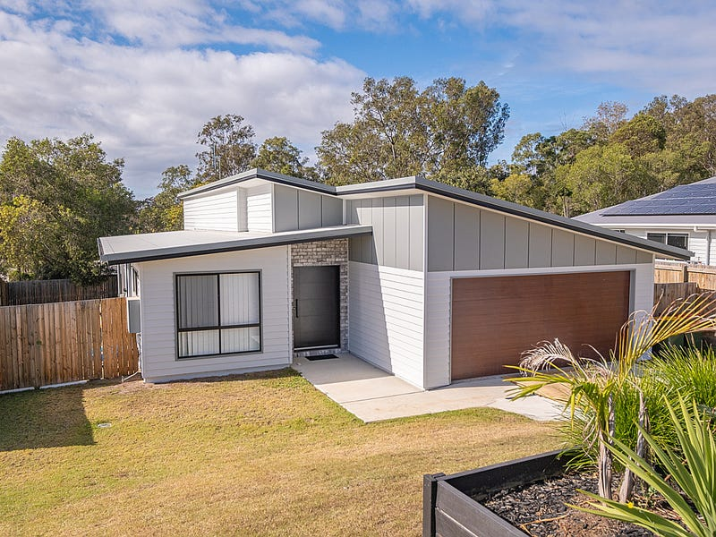14 Evelyn Road, Southside, Qld 4570